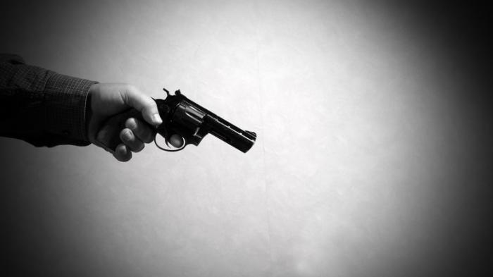 Pria Ahli Senjata Ditantang Berkelahi, Datang Bawa Senapan Tembak Kepala Korban Hingga Tewas