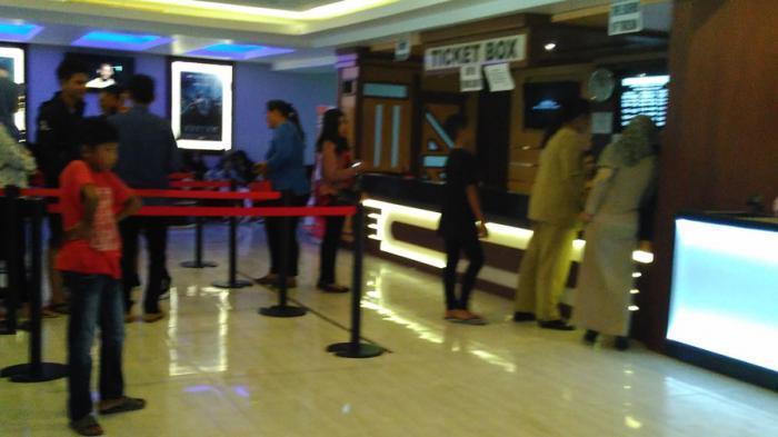 Potret Oknum PNS di Babel Bolos Kerja, dari Nonton Film di Bioskop Hingga Belanja di Mall