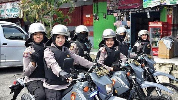 Deretan Polwan Cantik Patroli Pengaman Pemilu Ini Viral, Bripda Nurul Selalu Umar Senyum