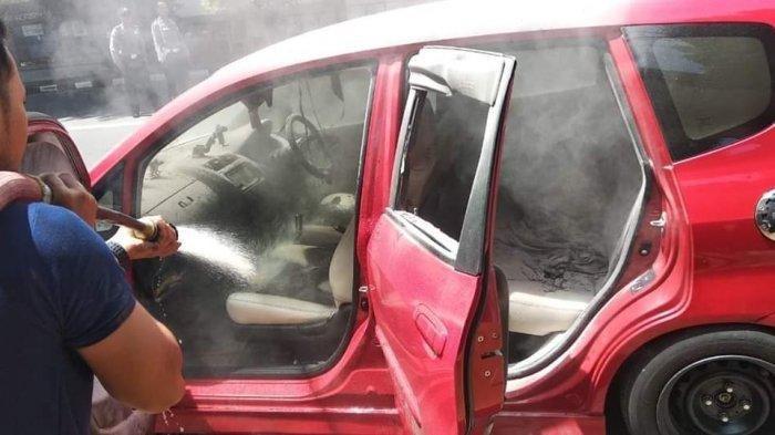 Meninggalkan Powerbank Dalam Mobil Memicu Kebakaran, Ini Penjelasannya