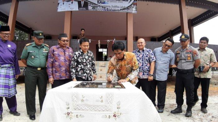 Bupati Belitung Timur Berharap Balai Kerapatan Adat Desa Jadi Wadah Melestarikan Nilai Budaya