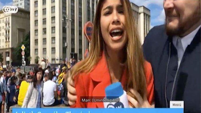 Reporter Cantik Digerayangi Saat Siaran Langsung di Tv, Dipegang Bagian Sensitifnya Hingga Dicium