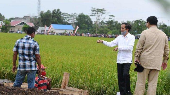 Buruh Berjuang Demo Tolak UU Cipta Kerja ke Istana, Presiden Jokowi Malah Kunker ke Tempat Ini