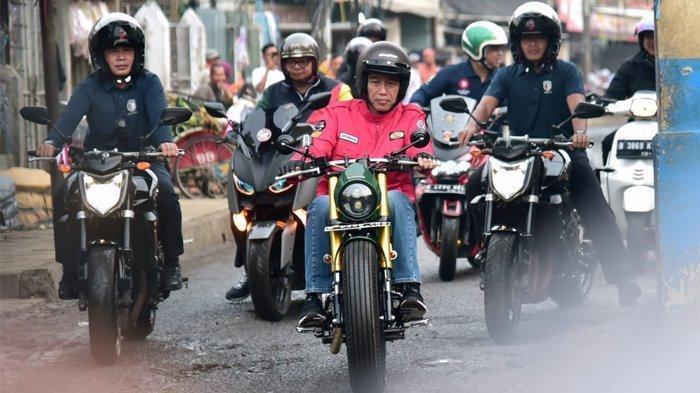 Mahasiswa UKI ini Ajukan Gugatan ke MK, Singgung Jokowi yang Tak Ditilang saat Lampu Motor Mati