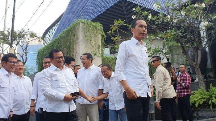 TKN Resmi Bubar, Jokowi: Koalisi akan Lebih Solid