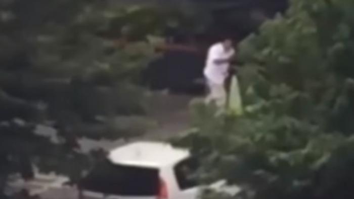 (VIDEO) Terungkap! Identitas Lelaki Berpakaian Putih saat Teror Bom di Sarinah
