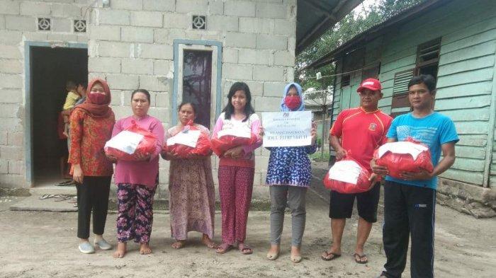 PT PJB PLTU Suge Bagikan 65 Paket Sembako untuk Warga Sekitar