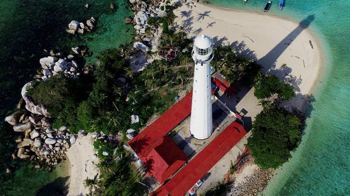 Pulau Lengkuas Tampil di Halaman Depan Koran Kompas, Kesiapan Wisata Belitung Akan Diukur
