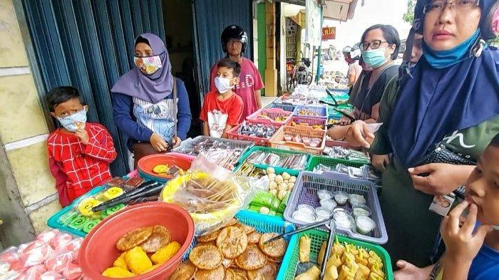 Enam Tempat Beli Jajanan Buka Puasa di Manggar, Sedia Puluhan Jenis Kue Harga Terjangkau