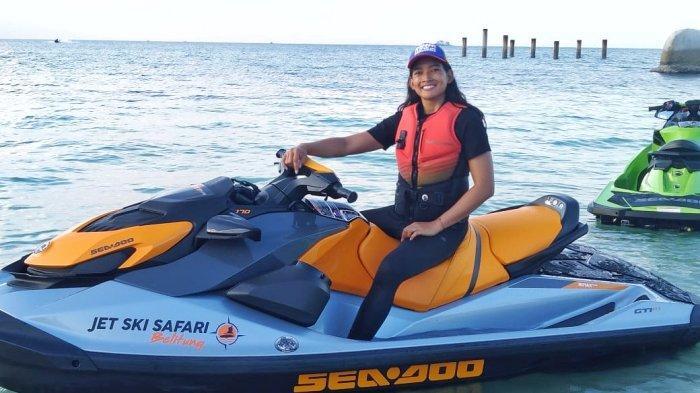 Putri Indonesia 2015 Ceritakan Pengalamannya Naik Jet Ski di Belitung