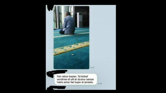 Beredar Foto Rektor UII Iktikaf Sendirian di MasjidM Ada Apa ya?