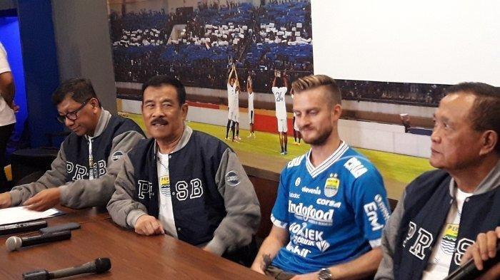 Catatan Karir Rene Mihelic Pemain Asing yang Kini Perkuat Persib Bandung