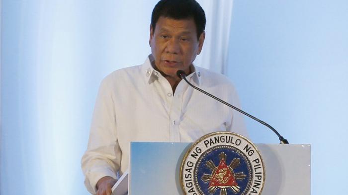 Duterte Takut Disuntik Vaksin Covid-19, Kabur Tunjuk Pantatnya, Dokter Kebingunan Tak Mempan Dibujuk