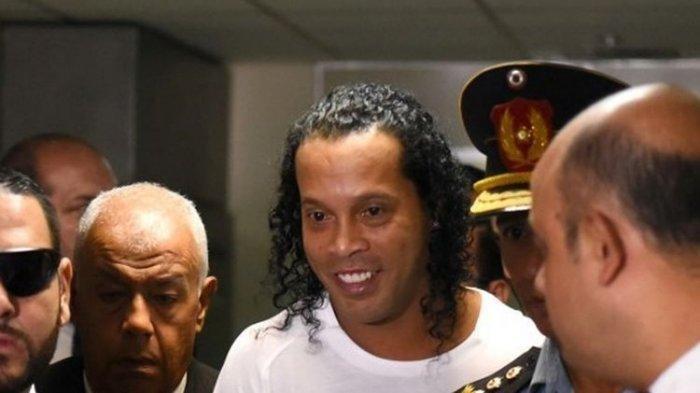 Meski Dipenjara, Ronaldinho Tetap Rayakan Ulang Tahun ke 40 dengan PestaBarbeque