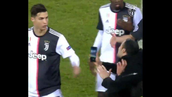 Video Christiano Ronaldo Ngamuk Ketika Penggemar Nyusup ke Lapangan Ajak Selfie