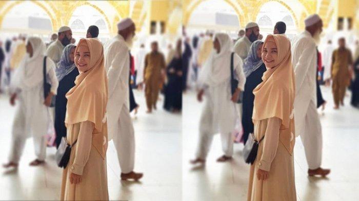 Rossa Umrah Bareng Anak, Bertemu Ustaz Asal Banjar yang Bersuara Merdu Hingga Doa Rizky