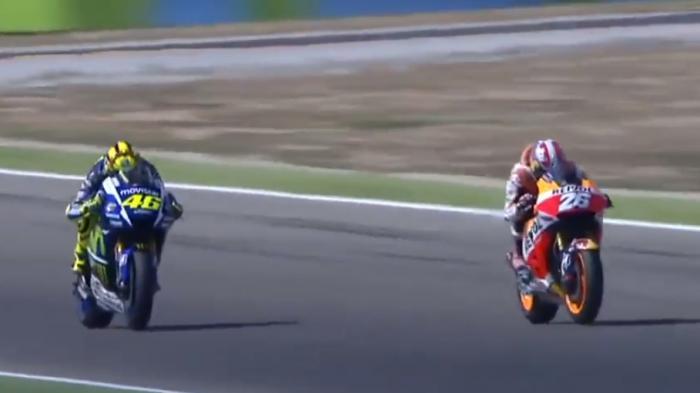 Video Duel Sengit Rossi Dengan Pedrosa Untuk Juara di GP Aragon Tahun Lalu
