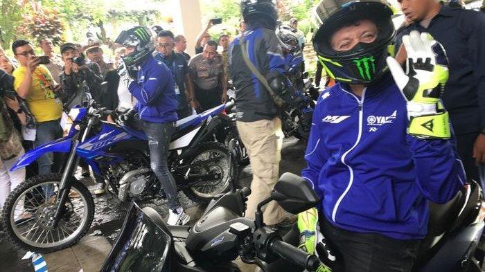 Alasan Valentino Rossi Pilih Yamaha NMAX Untuk City Turing Bareng Komunitas di Jakarta