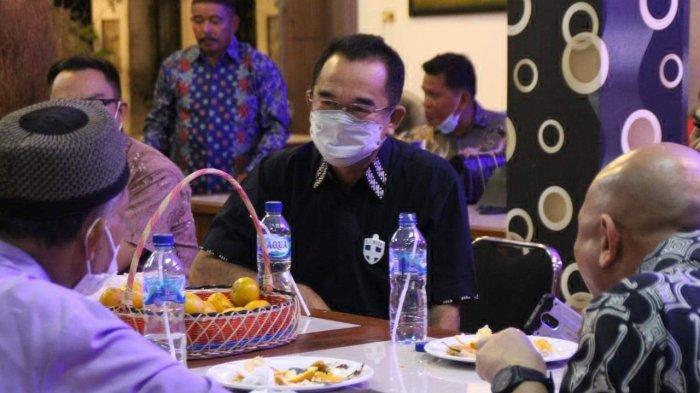 Rudianto Tjen Silaturahmi Bersama Tokoh Lintas Agama dan Adat Melayu Belitong
