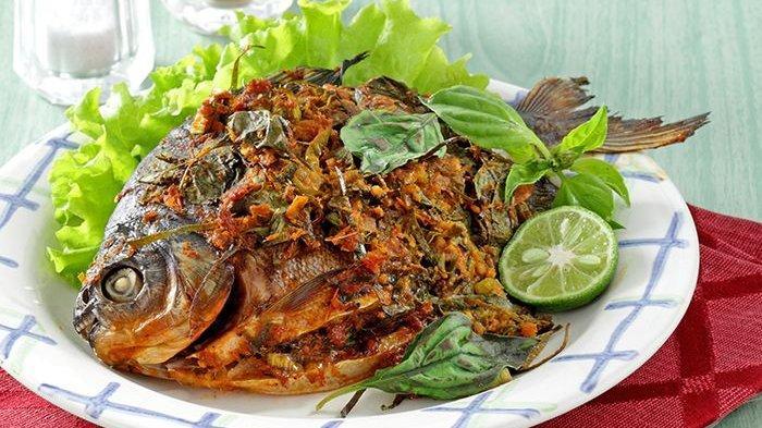 Mau Tahu Resep Olahan Ikan Bakar ala Restoran Seafood, Intip Tipsnya Bumbunya Bikin Ketagihan