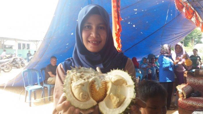 Tips Menghilangkan Bau Tak Sedap Seusai Makan Durian dari Seorang Profesor, Cukup dengan Minum Ini