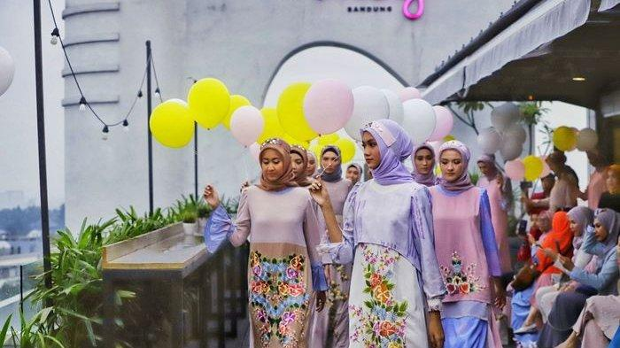 Model Baju Lebaran 2019, Tren Busana Muslimah Momen Silahturahmi