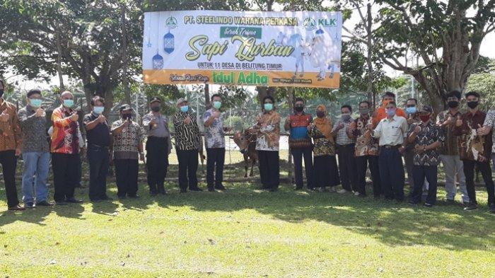 PT SWP dan Parit Sembada Salurkan Sapi ke 11 Desa