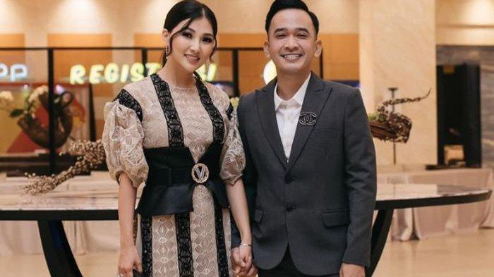 Sarwendah Pernah Jadi Pelayan Restoran,4 Kali Ruben 'Nembak' Sang Istri dari Pantai Hingga Jalan Tol