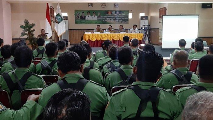 160 Satlinmas Belitung Timur Ikuti Pelatihan