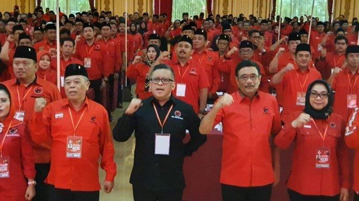 Hari Ini, Rabu (19/2/2020),  Megawati Berikan Pohon kepada Calon Kepala Daerah yang Didukung