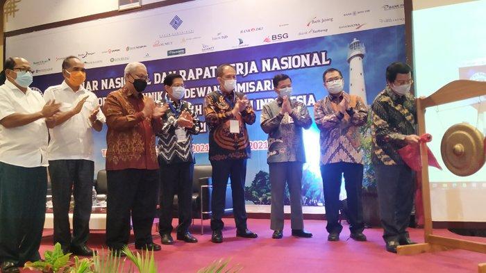 Bank Sumsel Babel Tuan Rumah Seminar dan Rakernas FKDK BPDSI - seminar-dan-raker-nasional-suasana-seminar-nasional-dan-rapat-kerja-nasional-forum-1.jpg
