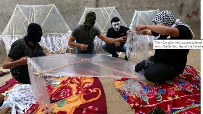 Israel Kalang Kabut Palestina Kirim Layang-Layang, Sampai Kerahkan Penembak Jitu, Hamas Beri Ancaman