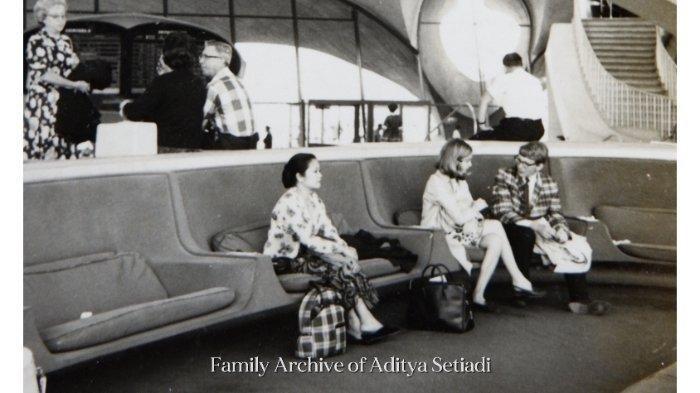 Kisah di Balik Foto Lawas Wanita Berkebaya di New York, Diambil Saat Hubungan Indonesia dan AS Buruk
