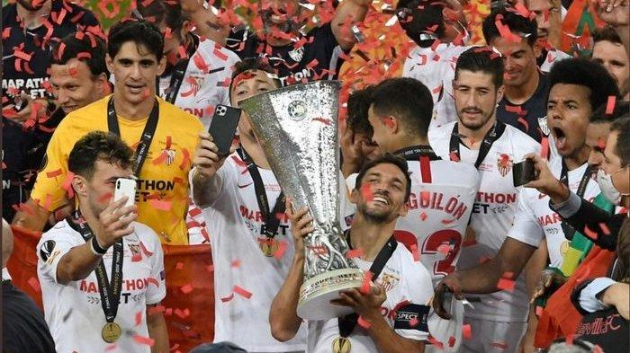 Gol Bunuh Diri Romelu Lukaku Antarkan Sevilla Raih Gelar Juara Liga Europa