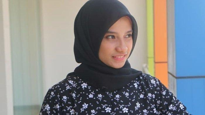 BIODATA Sherly Annavita Rahmi, Melenial Influencer yang Berani Kritik Jokowi