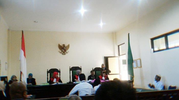 Terdakwa Penggelapan Uang Main Dealer PT ASP Dituntut 1 Tahun Penjara