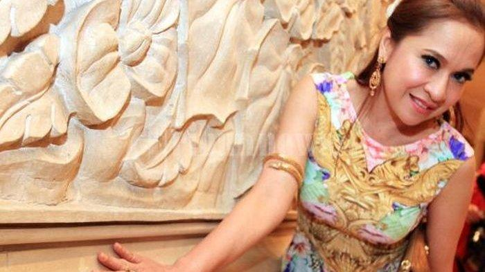 Dulu Kerap Pamer Kemolekan Tubuh, Penampilan Aktris Senior Ini Berubah