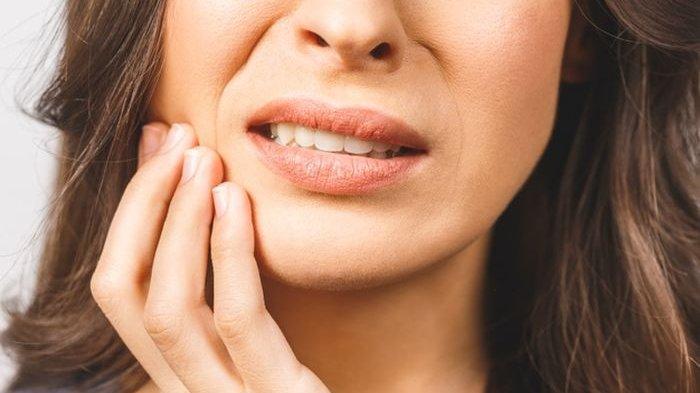 Cara Gampang Lindungi Gigi Berlubang, Hindari Aneka Jenis Makanan Ini!