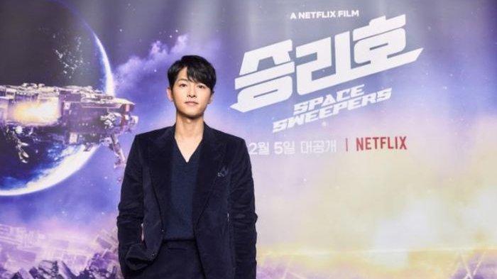 Song Joong Ki Akui Karakter Tae Ho 'Space Sweepers' Mirip Dirinya Usai Bercerai dengan Song Hye Kyo