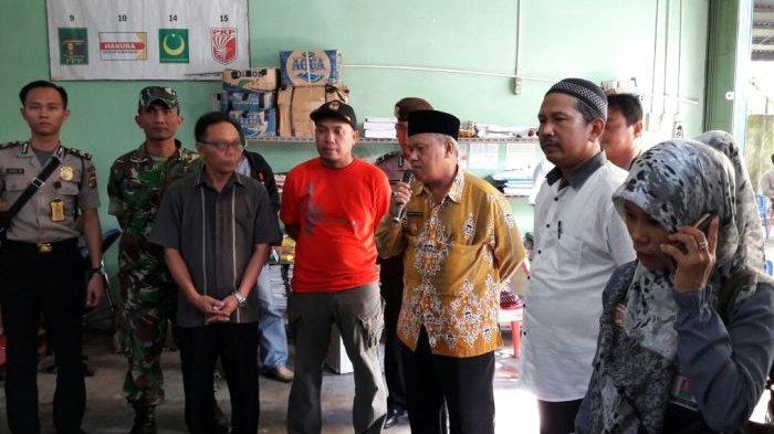 Wabup dan Kapolres Tinjau Proses Sortir dan Pelipatan Surat Suara di KPU Belitung
