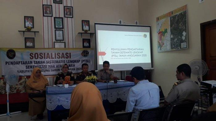 Jaksa Pengacara Negara Kejari Belitung Berikan Pendampingan Hukum Program PTSL BPN