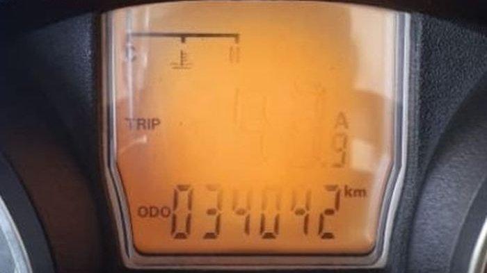 Inilah Penyebab Speedometer Digital Motor Lama-lama Pudar Lalu Hilang
