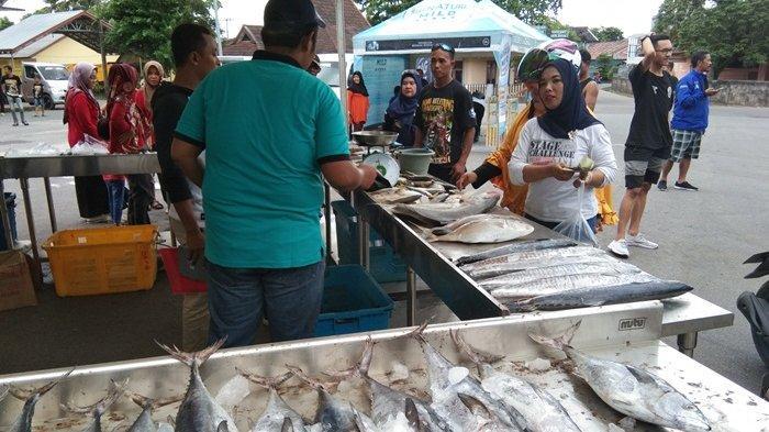 Viking Belitung Gelar Bazar Ikan Murah dalam Rangka Anniversary Kelima