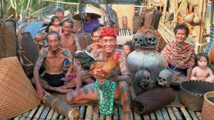 Bukti Ritual Seram Pria Kalimantan Bawa Kepala Manusia Sebagai Syarat Meminang Calon Pengantin