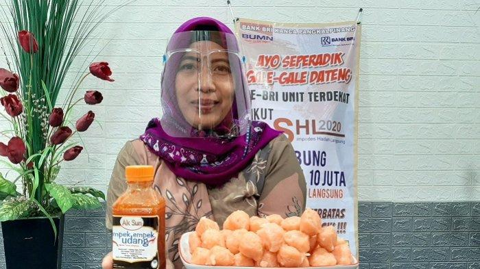 Kisah Sundari Pedagang Empek-Empek Udang Diusir Penjaga Toko, Kini Sukses Omset Rp25Juta per Bulan