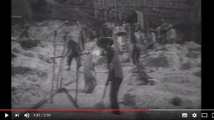 Ternyata Ini Video Jadul Tambang Timah Belitong, dari Aktivitas di Parit Sampai Pelabuhan