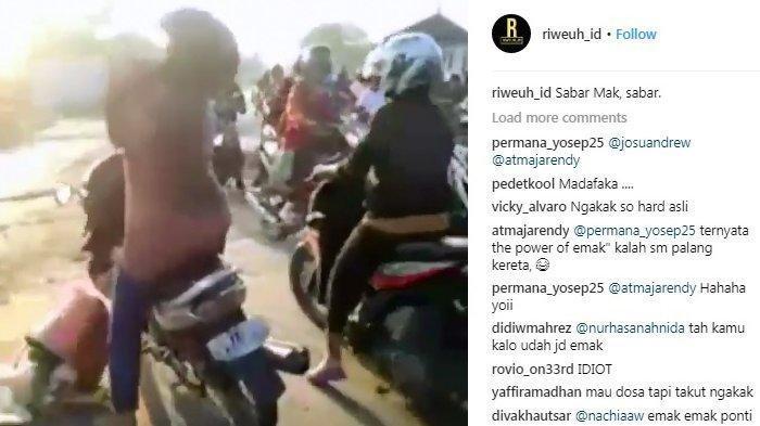 Leher Emak-emak Nyangkut Tertimpa Palang Pintu Kereta Api Hingga Terjengkang, Videonya Viral