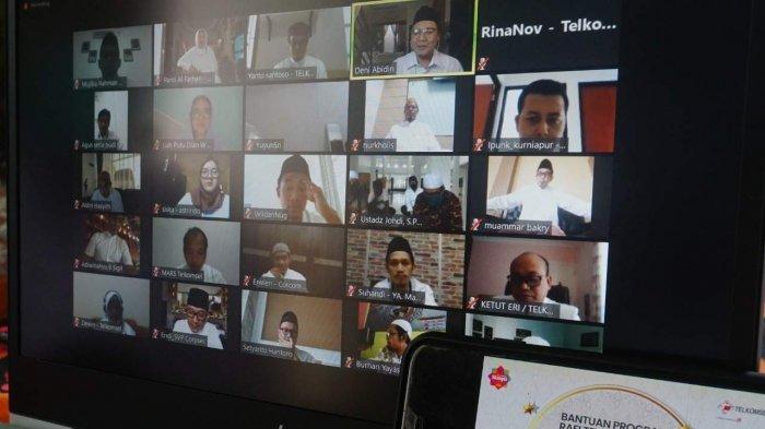 Telkomsel Serahkan Bantuan Sosial bagi Masjid dan Yayasan di Wilayah Sumatera