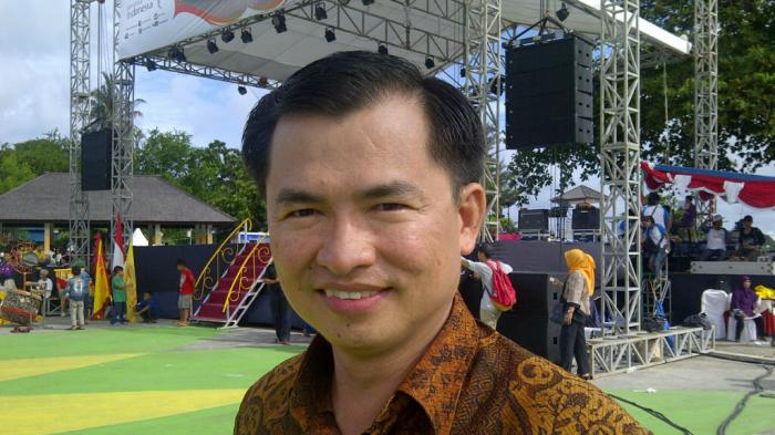 Tellie Sebut Menteri Jonan Serius Jadikan Bandara Belitung Internasional