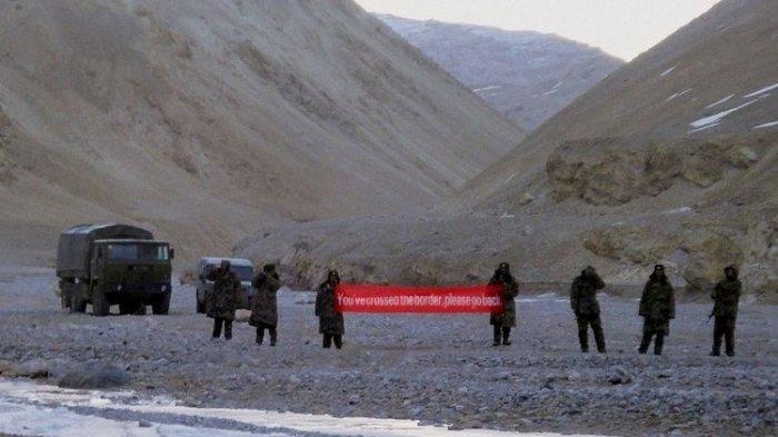 Pasukan China Dituding Gunakan Senjata Gelombang Mikro untuk